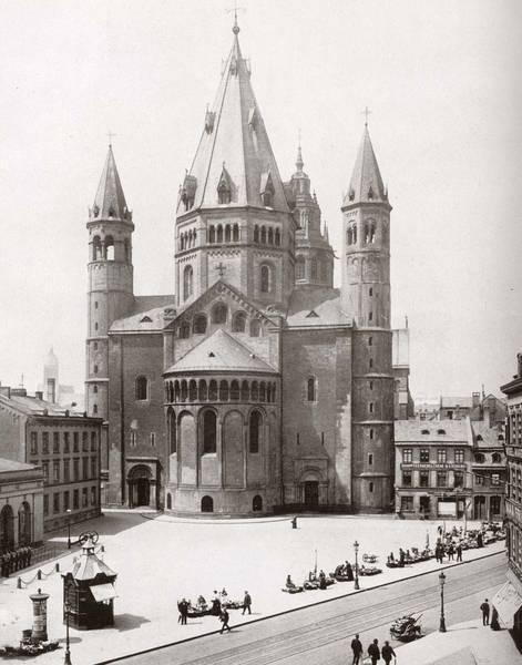 der mainzer dom vom liebfrauenplatz aus einem unbekannten fotografen um 1900